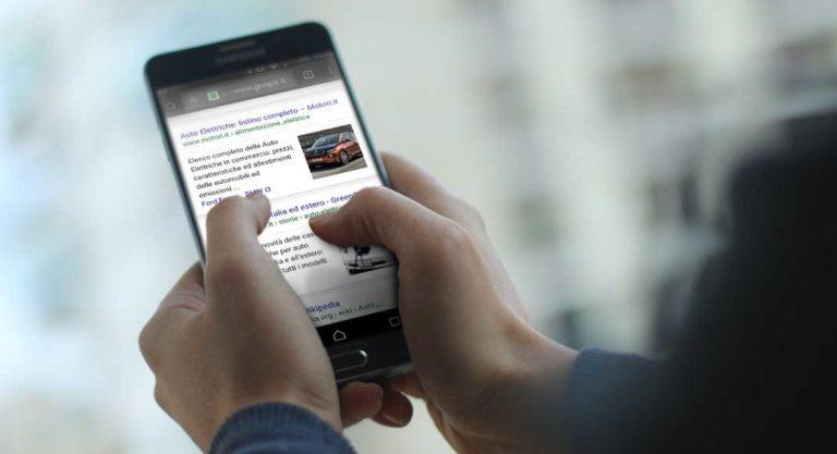 Immagini featured nella SERP mobile per query informazionali