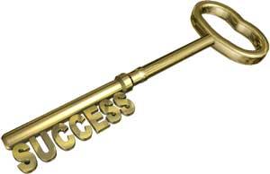 Chiave con denti che formano scritta successo